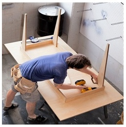 Сборка столов по низким ценам в Орле от специалистов