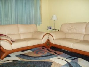 Перетяжка кожаной мебели в Орле